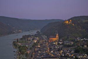 Oberwesel Mittelrheintal Nachtansicht Panoramablick