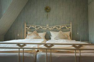 Weinhaus Weiler Accommodation Oberwesel Room Elfenlay