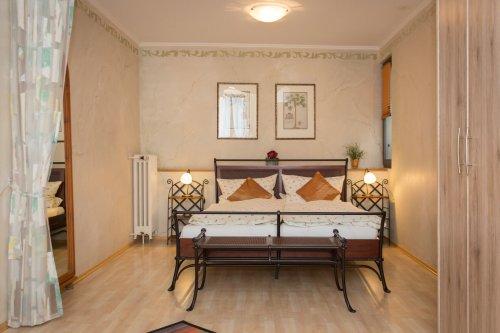 Hotel Weinhaus Weiler Oberwesel Zimmer Mediterrhein