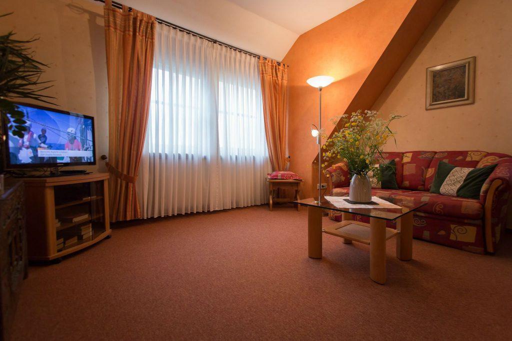 hotel_restaurant_weinhaus_weiler_oberwesel_1920-12