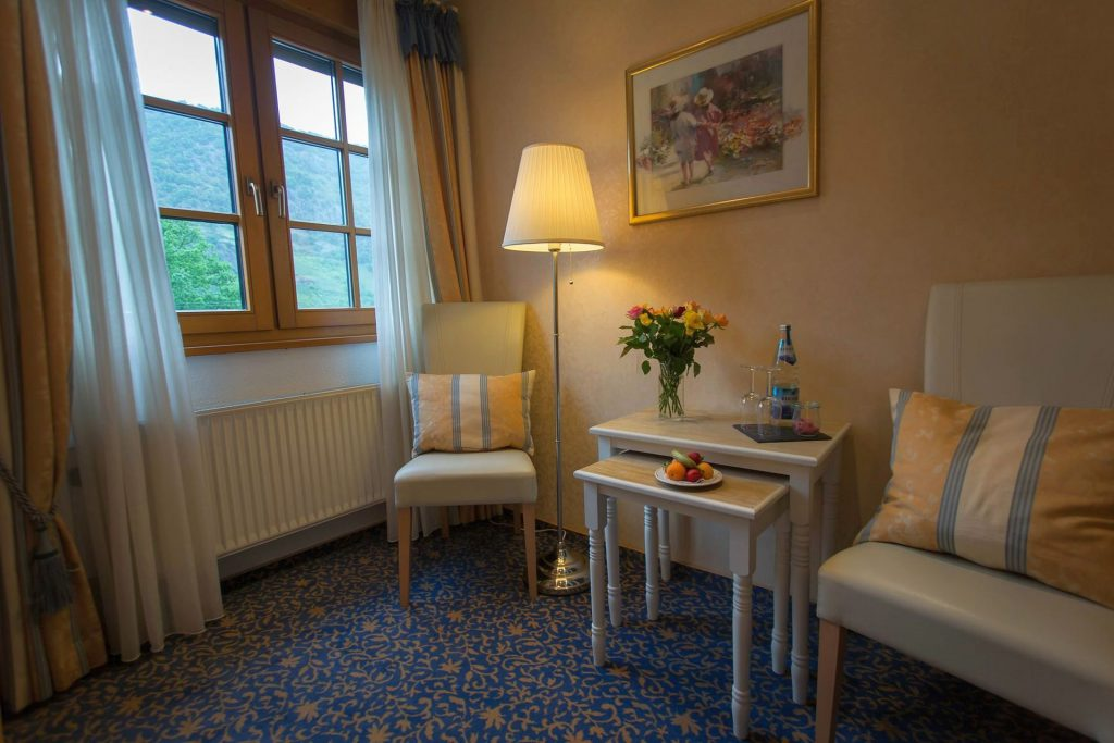 hotel_restaurant_weinhaus_weiler_oberwesel_1920-5