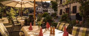 Hotel Restaurant Weinhaus Weiler Oberes Mittelrheitnal Wandern Radfahren